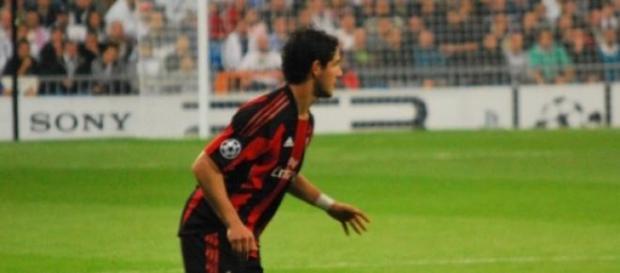 Alexandre Pato marca três gols