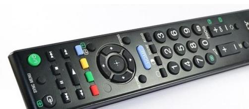 Programmi Tv di stasera Rai e Mediaset, 8 febbraio