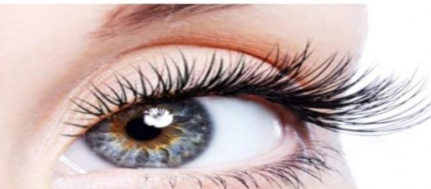Genele accentueaza frumusetea ochilor