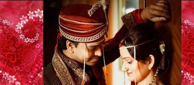 """San Valentino in India se chatti """"ti amo"""" ti sposi"""