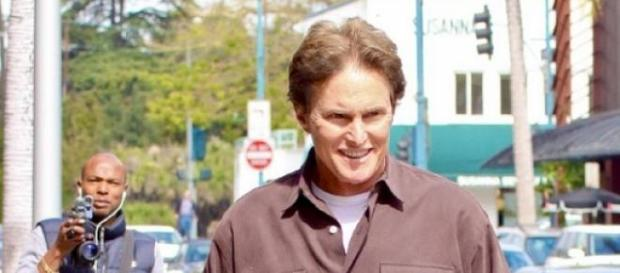 Bruce Jenner verursacht Horror-Crash.