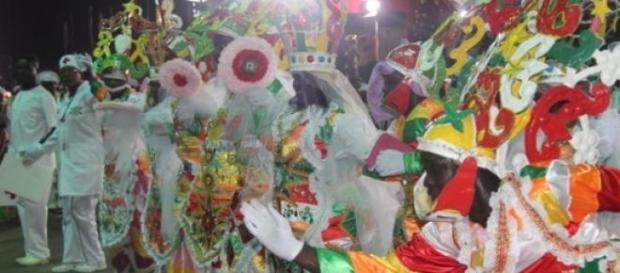 Carnaval em Angola até se parece com o brasileiro