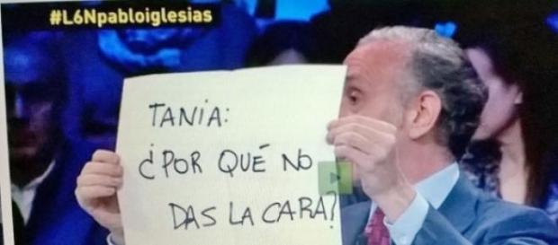 Eduardo Inda llamando a Tania Sánchez en otro LSN.