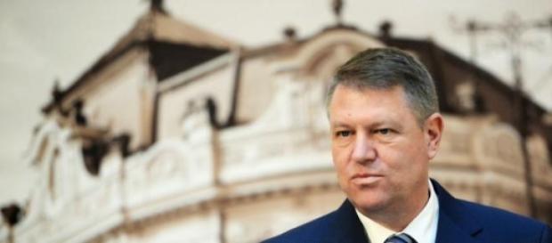 Seful statului decis sa apere Romania!