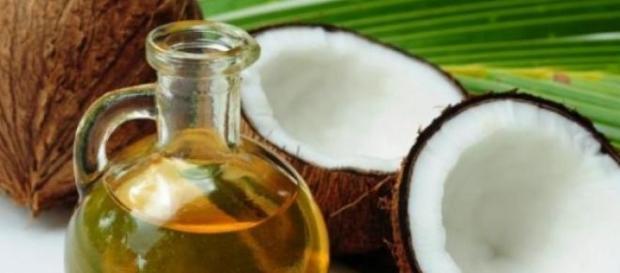 Uleiul de cocos contine 90% grasimi saturate