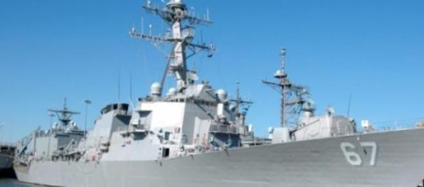 USS Cole un distrugator american la Constanta