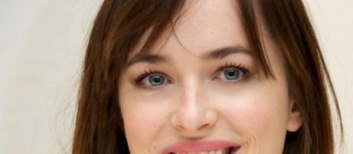 """Dakota Johson habla de """"50 sombras de Grey"""""""