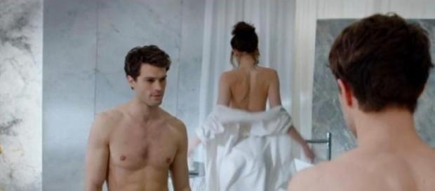 Esta é uma das cenas mais inocentes do filme