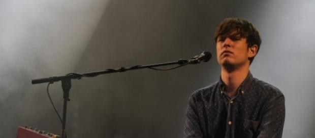 O cantor atua pela 5ª vez em Portugal.