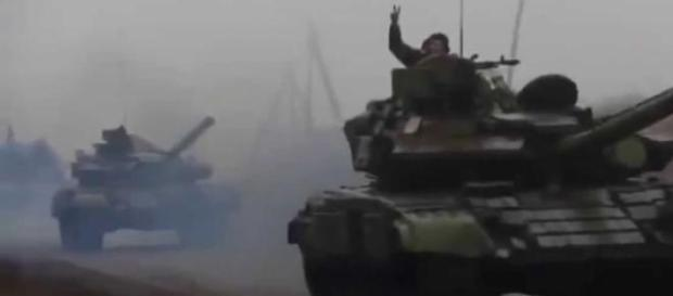 Tancuri rusesti in drum spre Mariupol