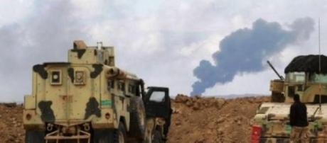 O exército iraquiano prepara o assalto a Tikrit