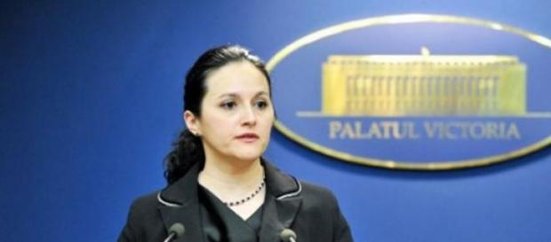 Alina Stoica a fost denuntata de catre sefii DNA!