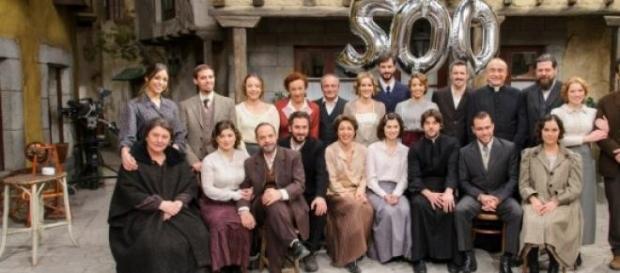 Il cast de Il Segreto al completo