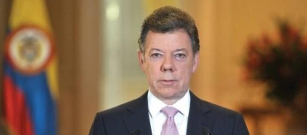 Juan Manuel Santos veut ramener une paix sociale.