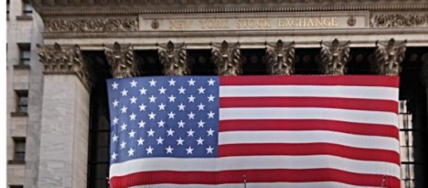 Moeda americana ganha terreno face ao euro.