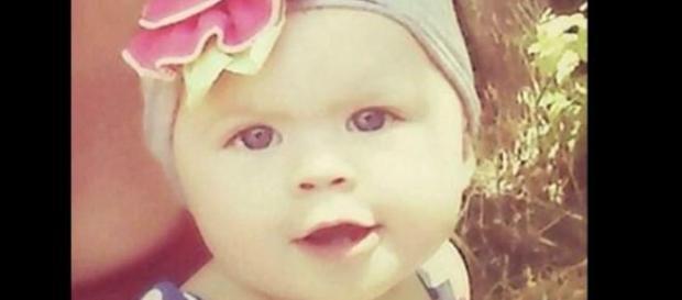 Bimba di 18 mesi salvata grazie a voce misteriosa.