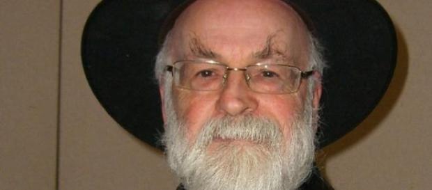 Faleceu hoje o premiado autor Terry Pratchett.