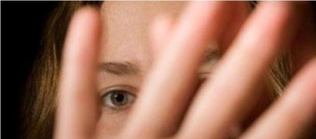 Leis mais apertadas para condenados por pedofilia.
