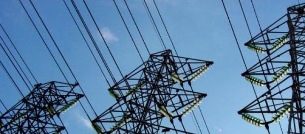 Torres de energia elétrica em São Paulo - SP