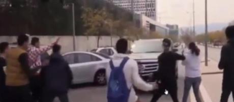 Adeptos tiveram de fugir do Cadillac de Messi