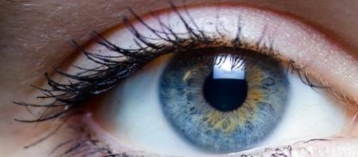Apenas 17% da população tem olhos azuis