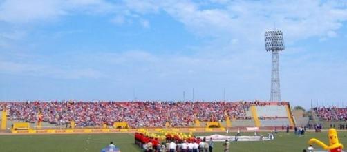 El partido se disputó en el estadio Elías Aguirre