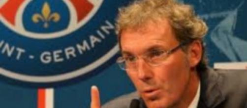 Laurent Blanc en conférence de presse avec le PSG