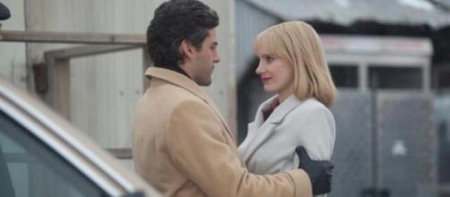 Oscar Isaac y Jessica Chastain