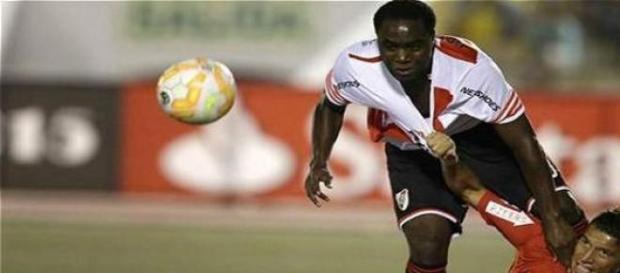 Balanta volvió al gol en Perú