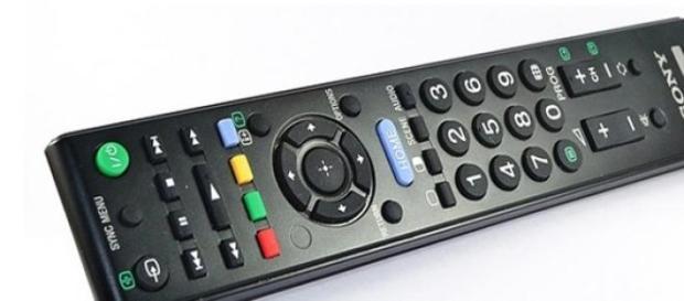 Programmi Tv stasera Rai e Mediaset, 15 marzo 2015