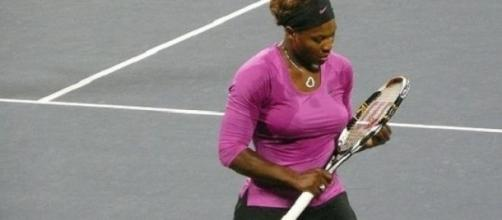 Emotional return to Indian Wells for Serena