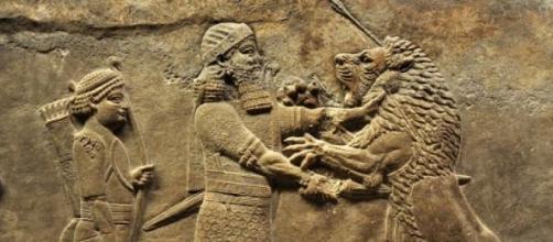 Escultura asiria encontrada en la región de Nínive