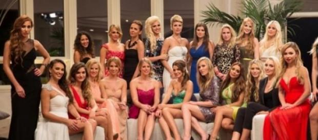 Bachelor 2015: Kandidatinnenparade. Quelle: RTL.