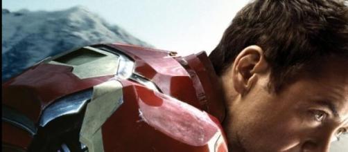 Tony Stark ejerce de ángel de la guarda