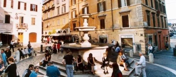 Fontana di Piazza Madonna dei Monti