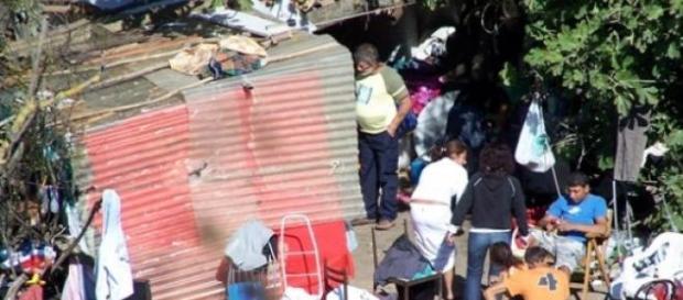 Tragedia sfiorata in un campo nomadi di Roma