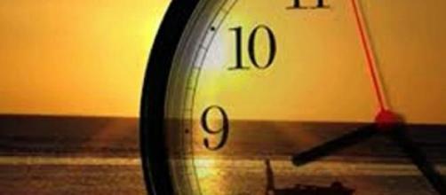 A hora muda dia 29 de Março, quando for 1h.