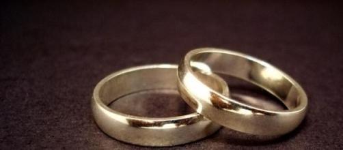 Alianzas de boda en peligro de extinción