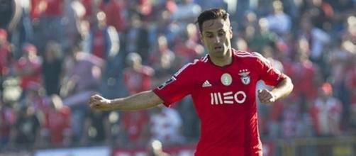 Jonas admite que pretende continuar no clube Luz