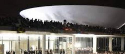 Protestos no Brasil contra o governo