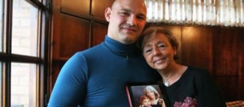 """Separados há 30 anos, """"mãe e filho"""" estão juntos."""
