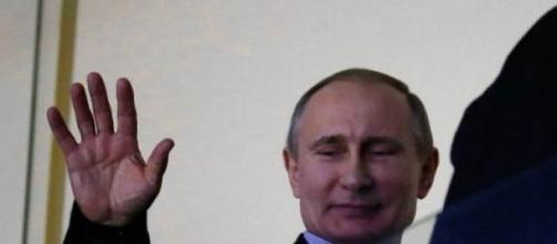 Vladimir Putin ricompare dopo 10 giorni