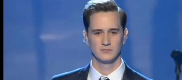 Joe cantou 'Cry me a River' (Foto: Reprodução/TV3)
