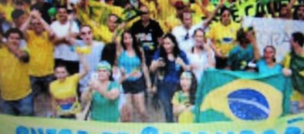 O povo em verde e amarelo