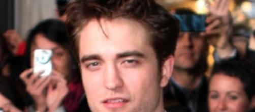 Robert Pattinson quiere casarse con FKA Twigs.