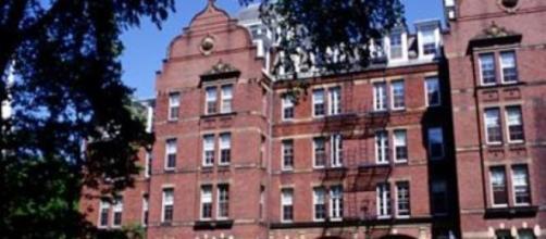 Universidades prestigiadas dão cursos gratuitos