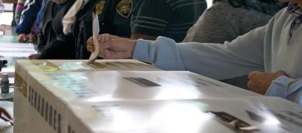 As urnas abriram às 7H locais e encerram às 22H