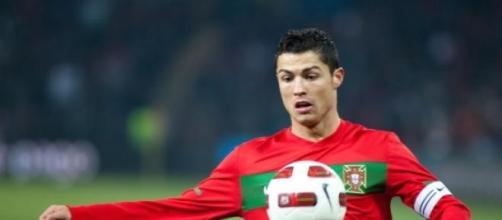 Cristiano Ronaldo é capitão da Selecção.
