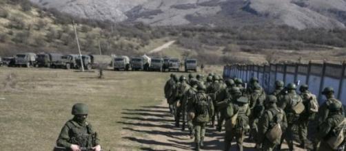 Militares russos ordenados a abandonar a Ucrania