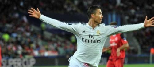 """Todas esperamos pelos festejos do """"velho """"Ronaldo"""